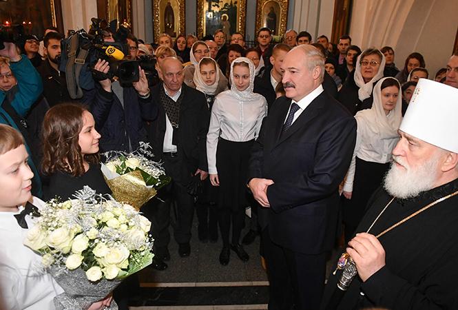 Белорусы в храме