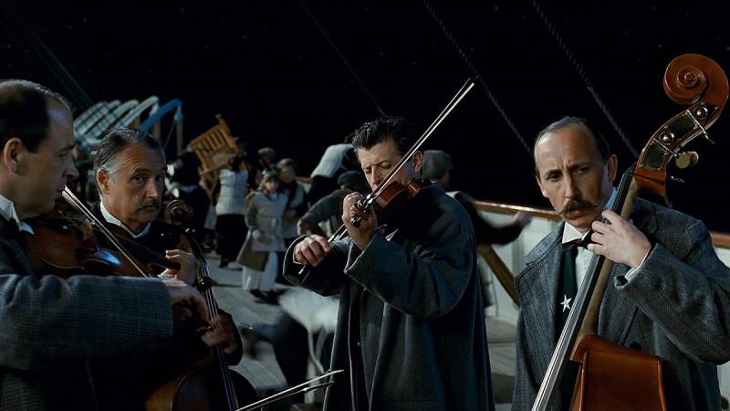 Оркестр на Титанике