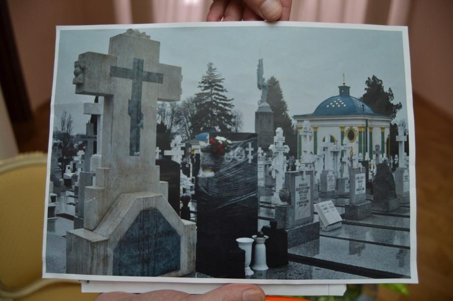 могила асеева1