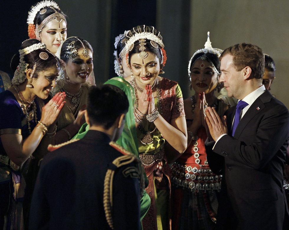 Медведев-и-индуски