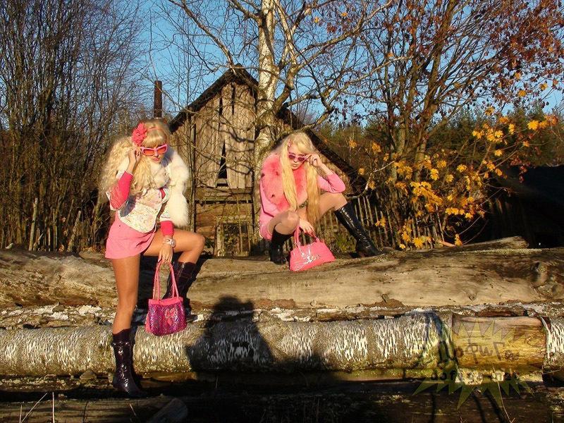 Пошлая блондинка приехала в гости в деревню  17495