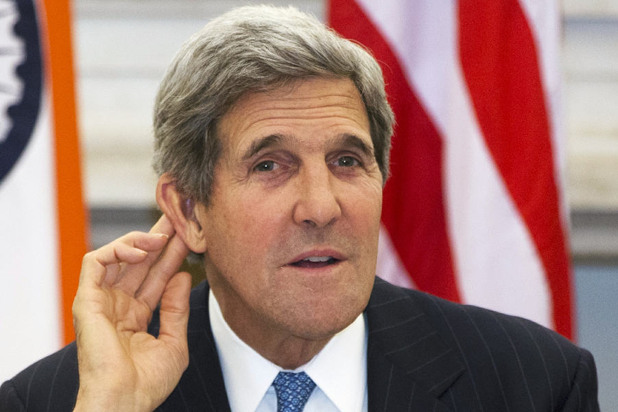 India_US_Kerry_764315a