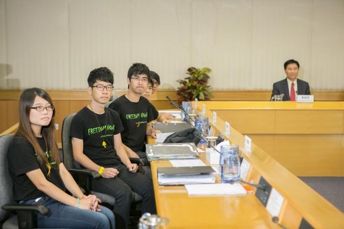 HK-Meeting-BENC-6570-676x450-676x450