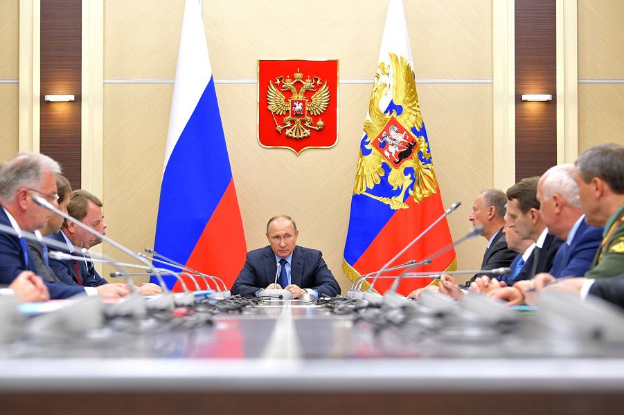 Заседание Комиссии по вопросам военно-технического сотрудничества России с иностранными государствами, 6.07.17.png