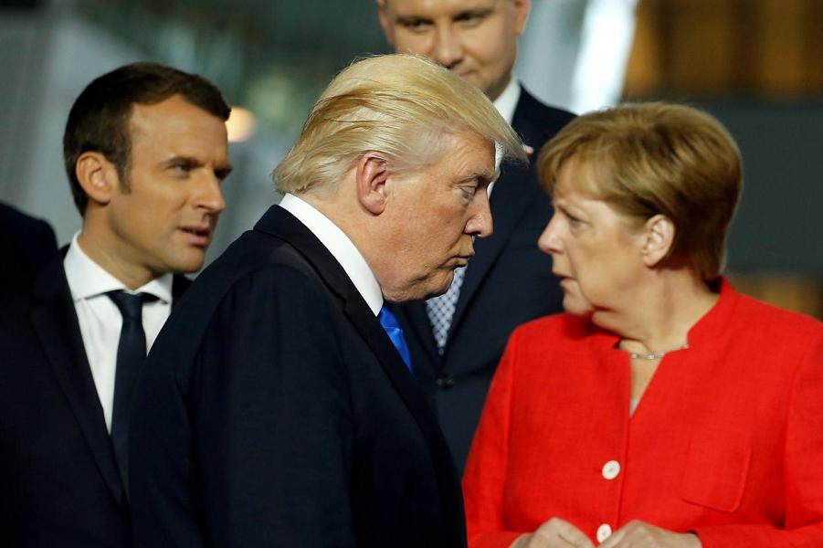 Трамп, Макрон и Меркель.png