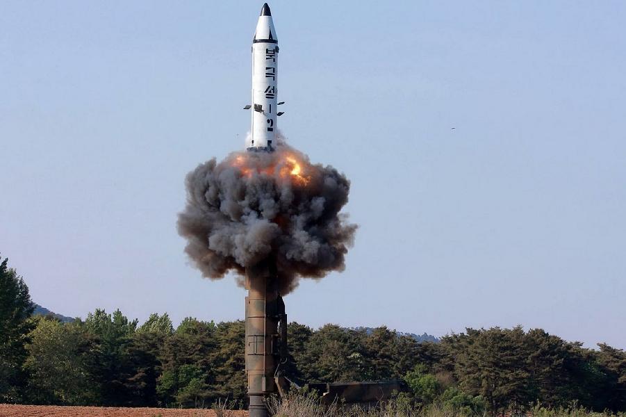 Ракетный пуск Pukguksong-2 22.05.17.png