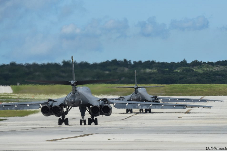 B-1B на Гуаме, США.png
