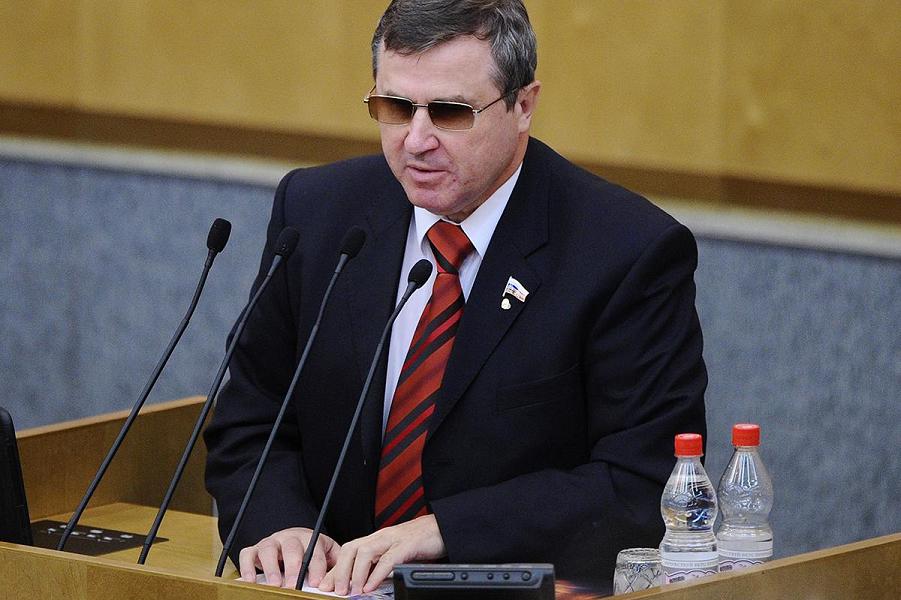 Олег Смолин.png