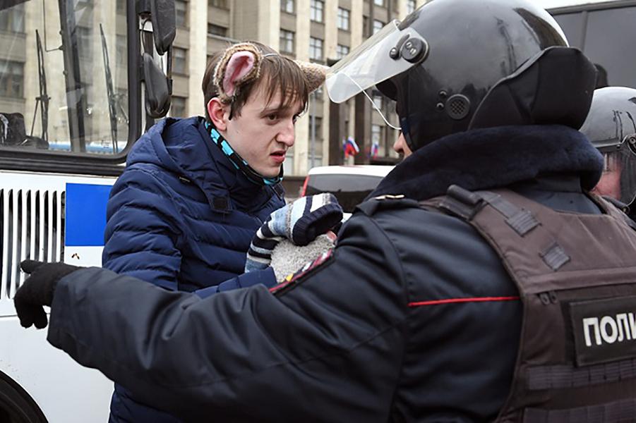 Революция 5.11.17 в Москве, Манежная площадь.png