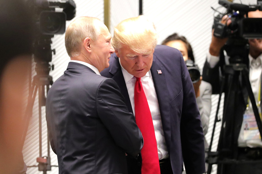 В кулуарах саммита АТЭС с Трампом, 11.11.17.png