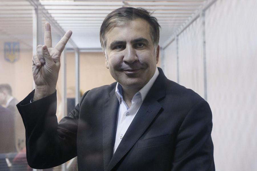Саакашвили в суде.png