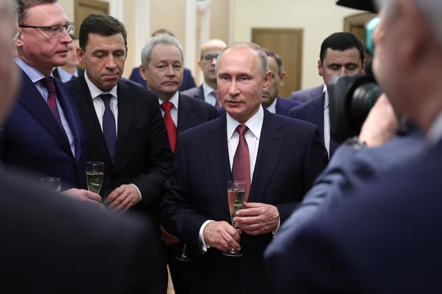 Новогодний прием в Кремле, 27.12.17.png