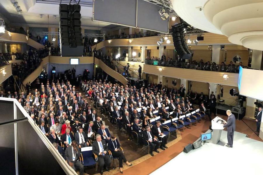 Сергей Лавров выступает на Мюнхенской конференции, 17.02.18, фото из блога Марии Захаровой.png