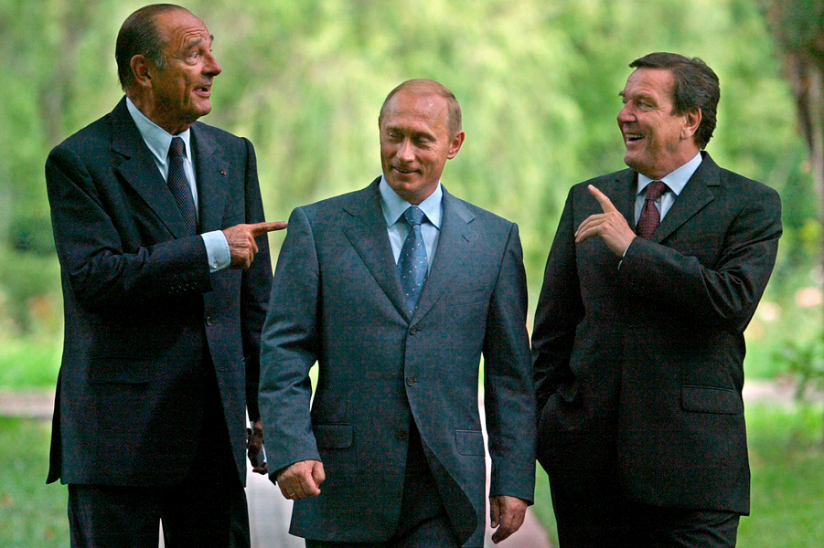 Ширак, Путин и Шредер, 2004.png
