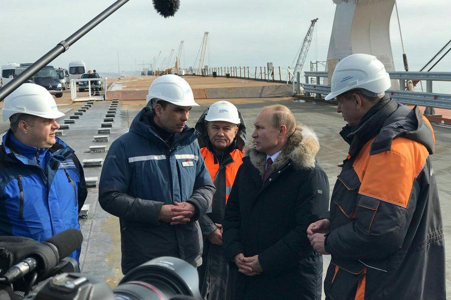 Президент Путина на Крымском мосту, 14.03.18.png