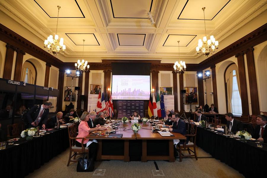 министры G-7 в Торонто.png