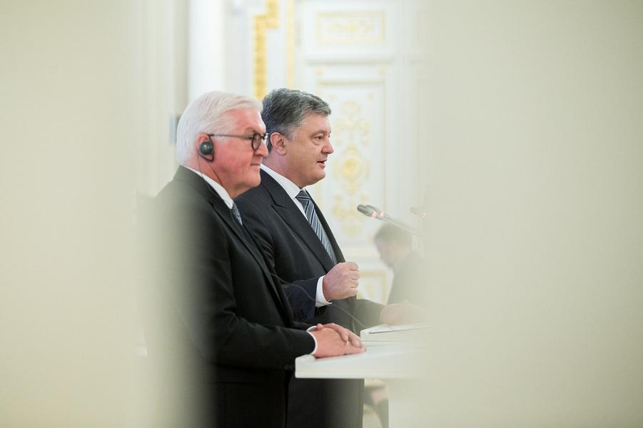 Штайнмайер и Порошенко, пресс-конференция в Киеве, 29.05.18.png