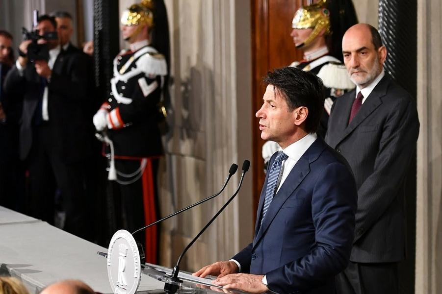 Джузеппе Конте, премьер коалиционного правительства Пяти звезд и Лиги Севера.png