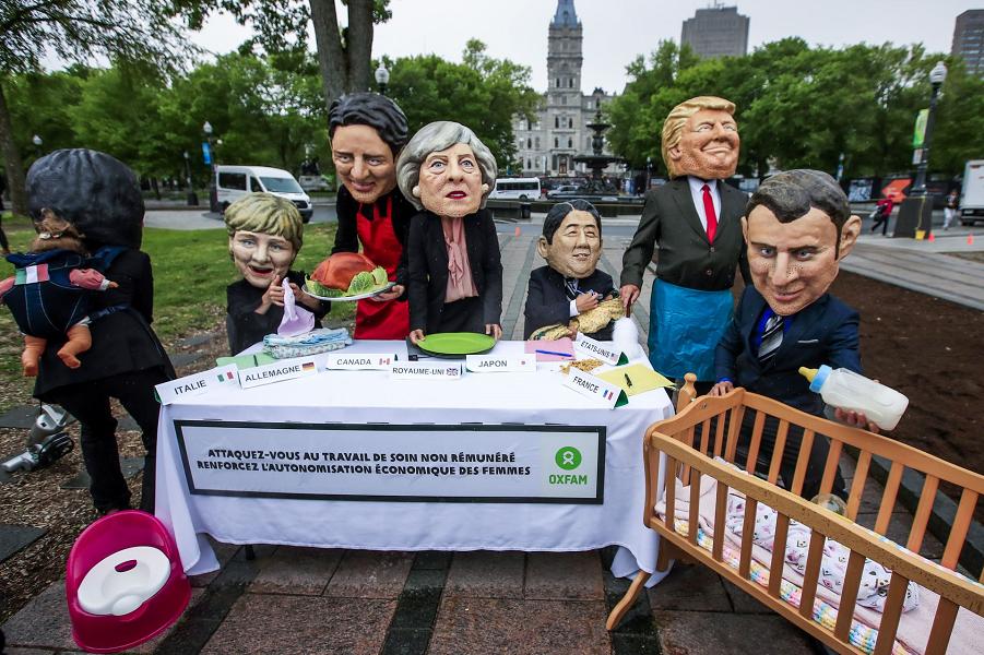 Протест против положения женщин перед саммитом G7 в Квебеке, Канада, 7 июня 2018 года.png