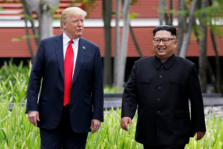 Трамп и Ким Чен Ын.png