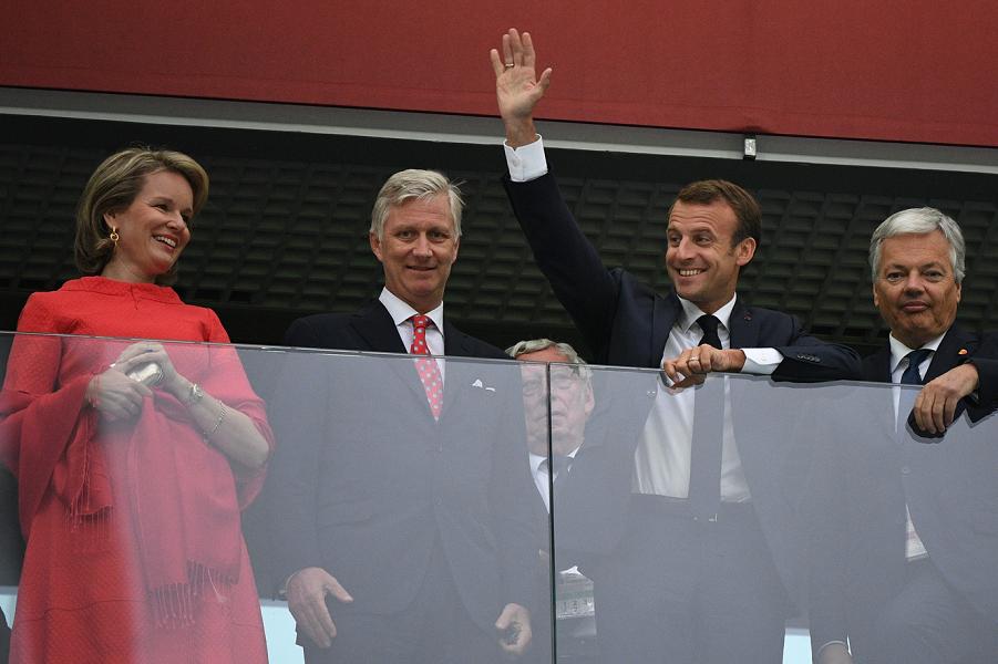 Президент Франции Макрон, король и королева Бельгии в Санк-Петербурге, 10.07.18.png