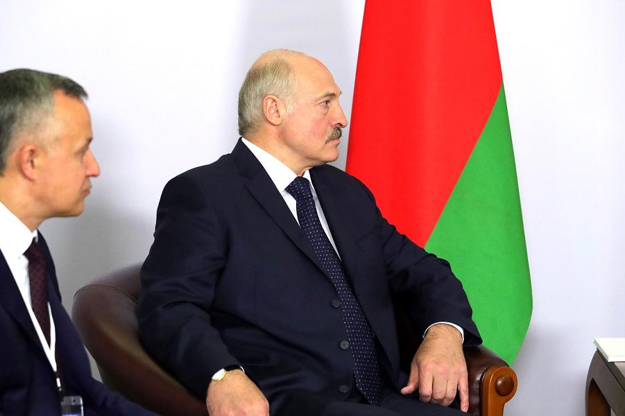 Александр Лукашенко на встрече с Путиным, 14 мая 2018, Сочи.png