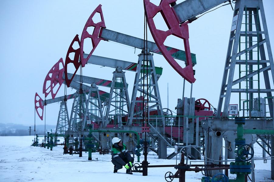 Добыча нефти в России.png