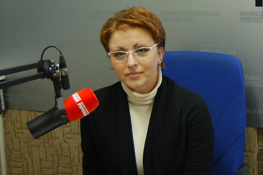 Наталья Соколова, министр правительства Саратовской области-2.png