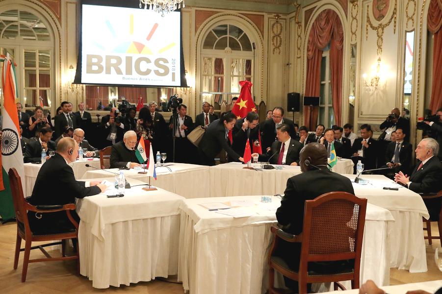 Встреча лидеров БРИКС на полях саммита G-20, Аргентина, 3-.11.18.png