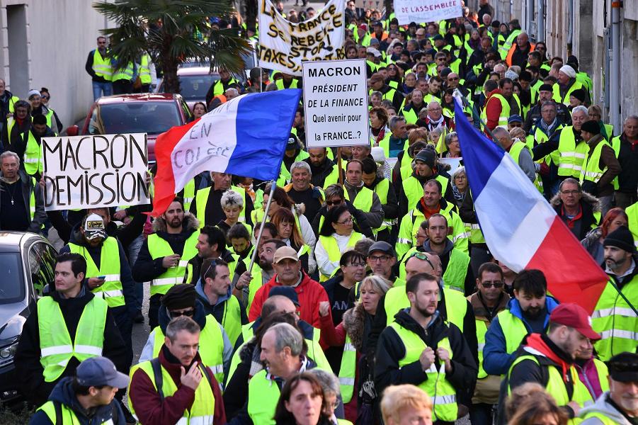 Желтые жилеты во Франции, 24.11.18 (6).png