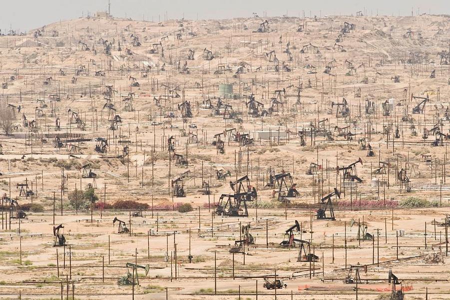 Нефтяное месторождение Кен-Ривер в Калифорнии.png