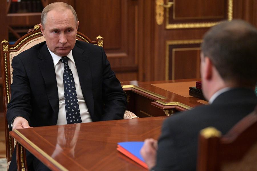 Встреча президента Путина с премьером Медведевым, 21.12.18.png