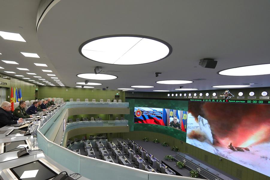 Путин в Национальном центре обороны наблюдает за пуском гиперзвукового Авангарда, 26.12.18.png