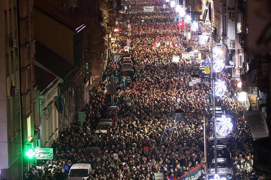 Демонстрация против Вучича в Сербии-3, 29.12.18.png