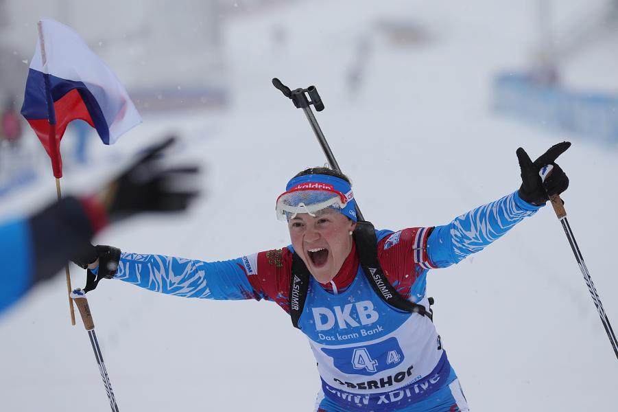 Екатерина Юрлова-Перхт, победа россиянок в женской эстафете в Оберхофе.png