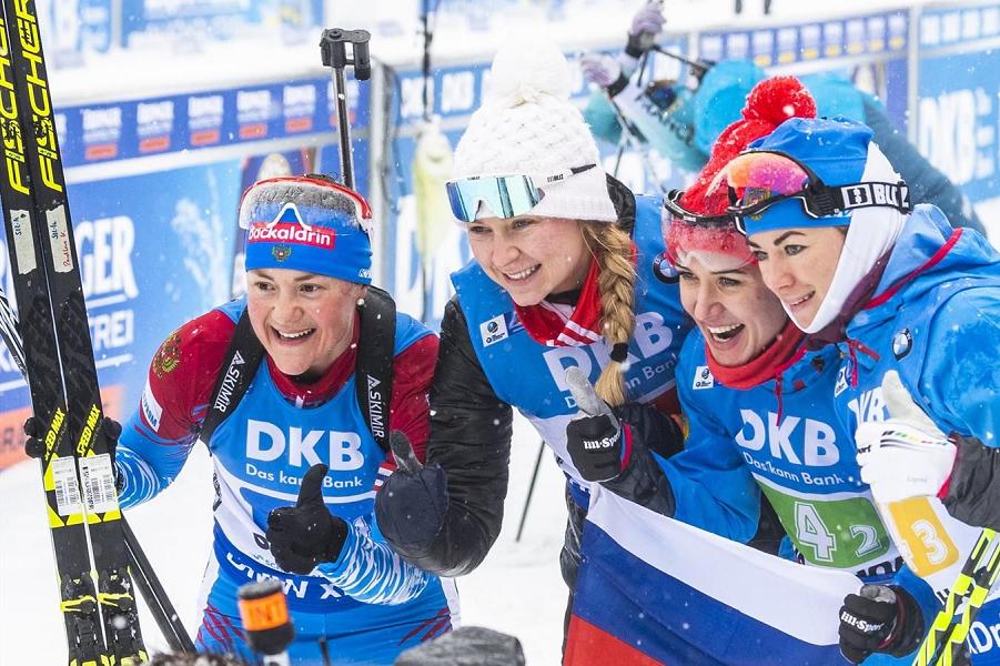 Женская сборная, победа в эстафете в Оберхофе, 13.01.19.png