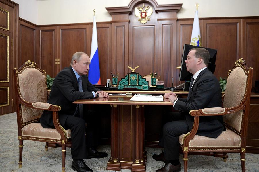 Встреча президента с премьером 18.01.19.png