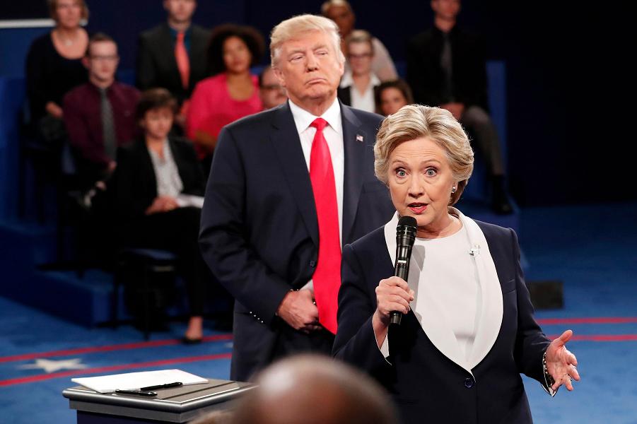 Хиллари Клинтон и Дональд Трамп, предвыборные дебаты, 2016 год.png