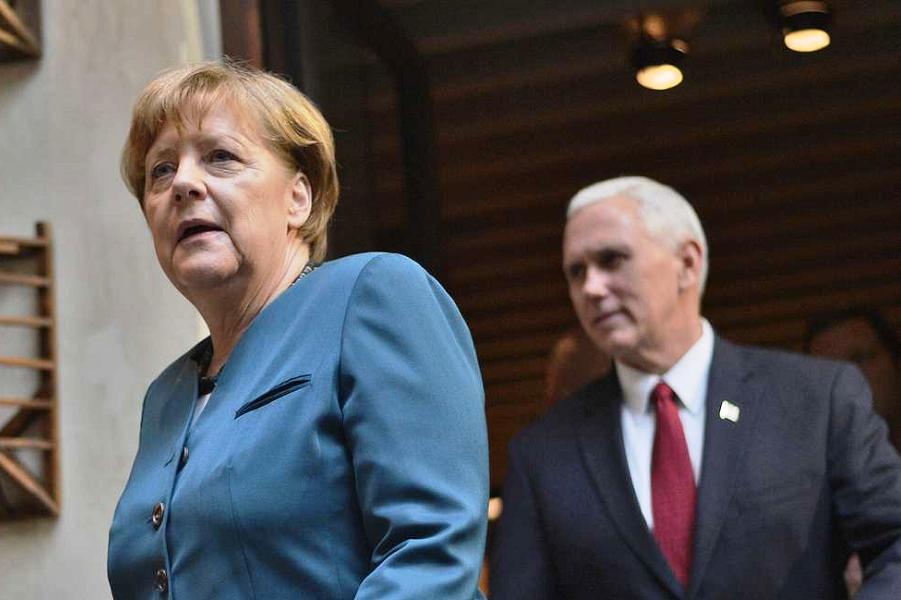 Канцлер ФРГ Меркель и вице-президент США Пенс.png