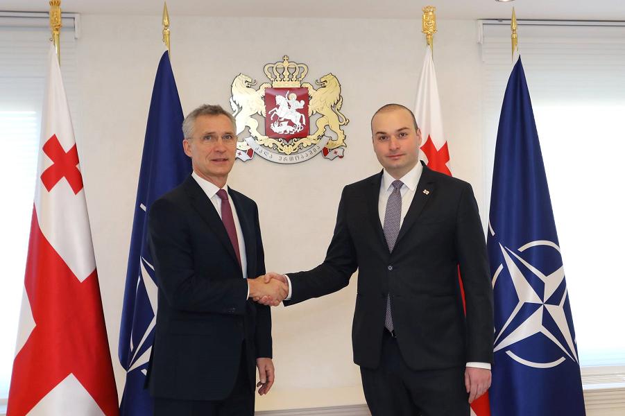 Генсек НАТО Столтенберг в Грузии, с премьером Бахтадзе, 25.03.19.png