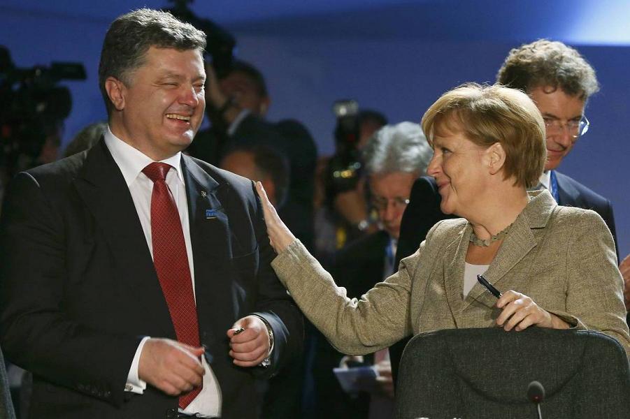Меркель и Порошенко.png
