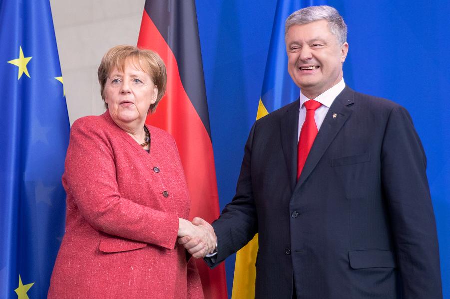 Порошенко у Меркель в Берлине, 12.04.19.png