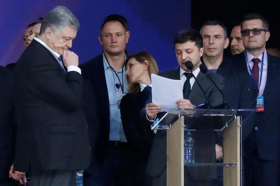 Вопросы Зеленского президенту Порошенко.png