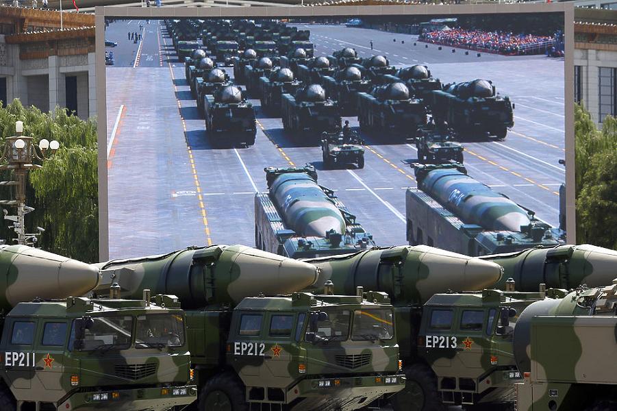 Ракеты КНР на параде в Пекине.png
