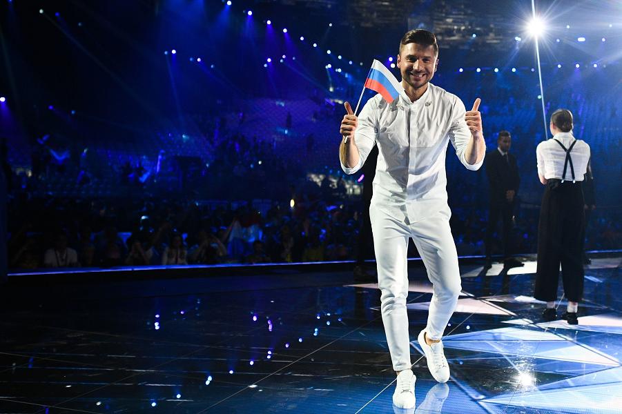 Лазарев на Евровидении 2019.png