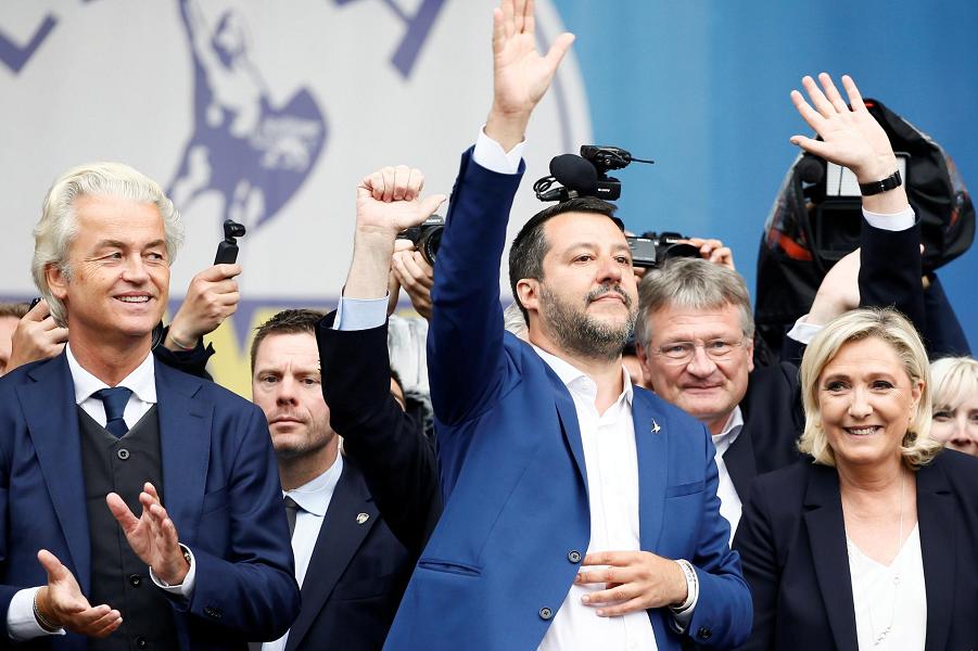 Европейские националисты Сальвини, Вилдерс, Мойтен, Марин Ле Пен, Хухтасаари.png