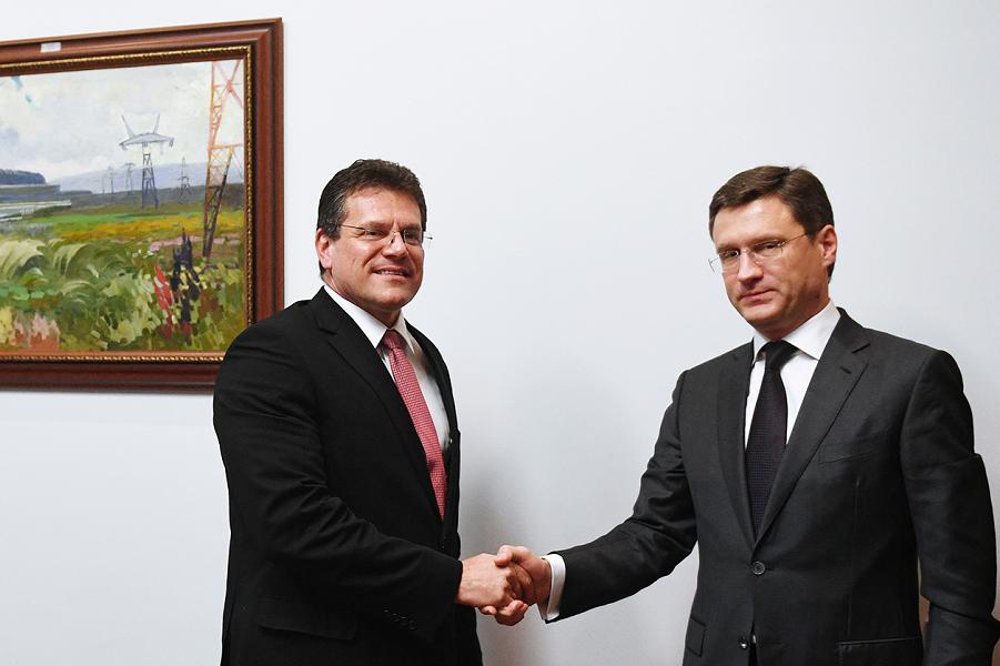 Министр энергетики Новак и вице-президент ЕК по энергосоюзу Шефчович.png