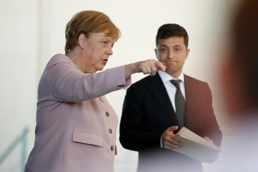Меркель и Зеленский в Берлине.png