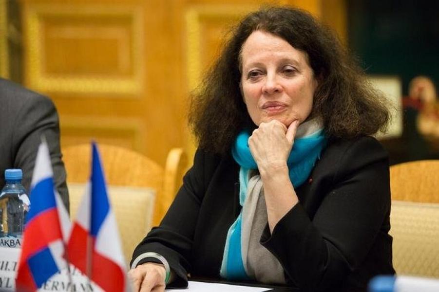 посол Франции в России Сильви Берманн.png