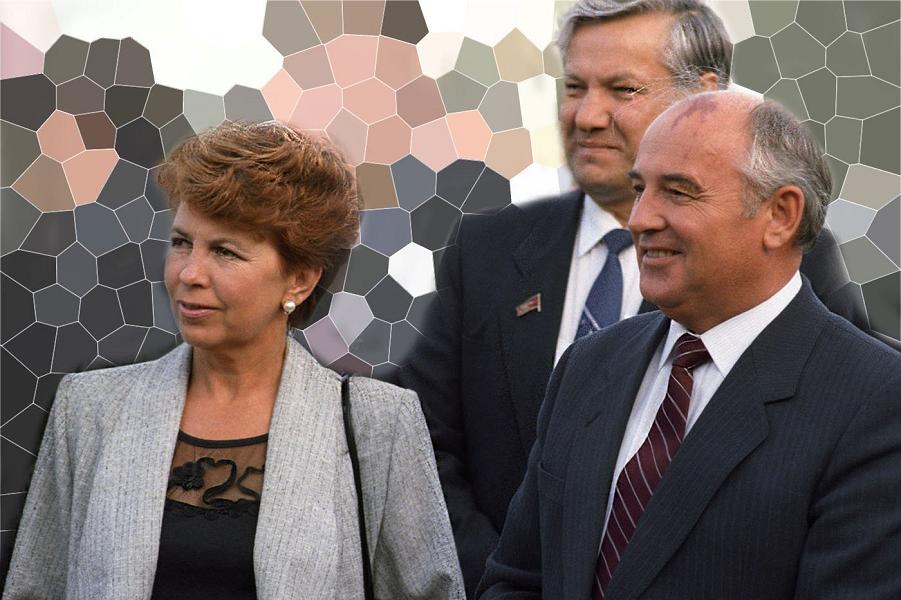 Михаил Горбачев с женой, Ельцин.png
